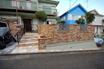神奈川県藤沢市S様 駐車場、大型バイク置き場施工事例